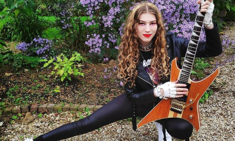 Burning Witches, Sonia 'Anubis' Nusselder fuori dalla band