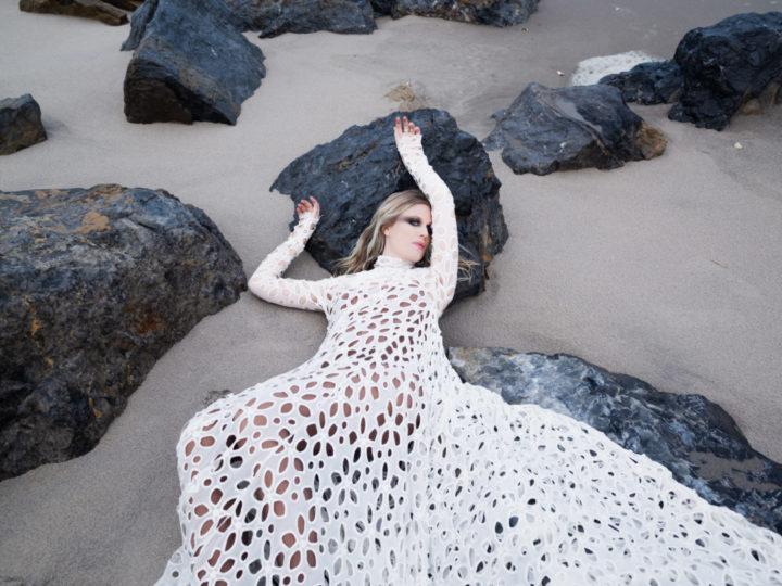 Myrkur, il nuovo singolo 'Dronning Ellisiv'