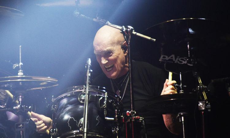 """AC/DC, Chris Slade: """"Sono rimasto scioccato dall'entrata di Axl Rose"""""""