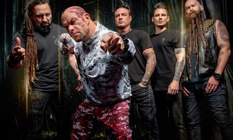 Five Finger Death Punch, il nuovo video di 'A Little Bit Off'