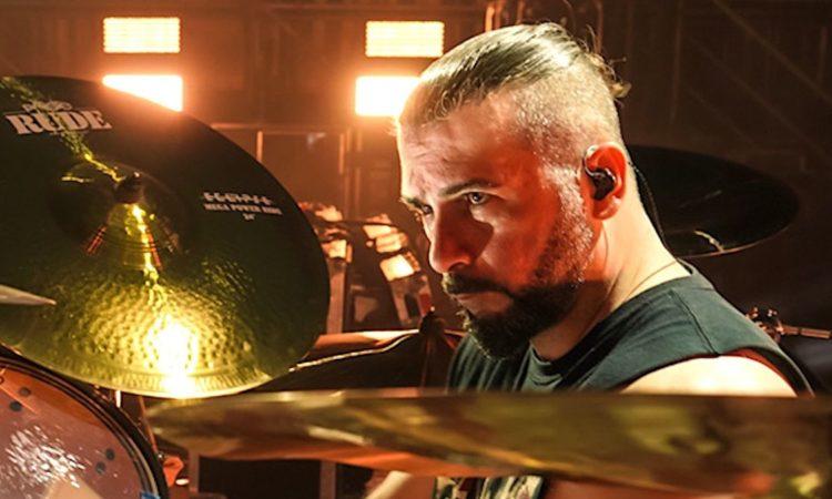 """System Of A Down, Dolmayan: """"Non ho paura di perdere il lavoro, anche se appoggio Trump"""""""