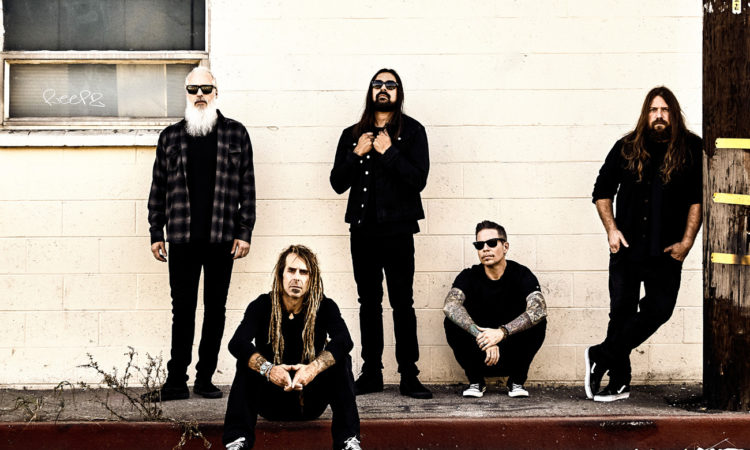 Lamb Of God, il video del 'behind the scenes' di 'Gears'