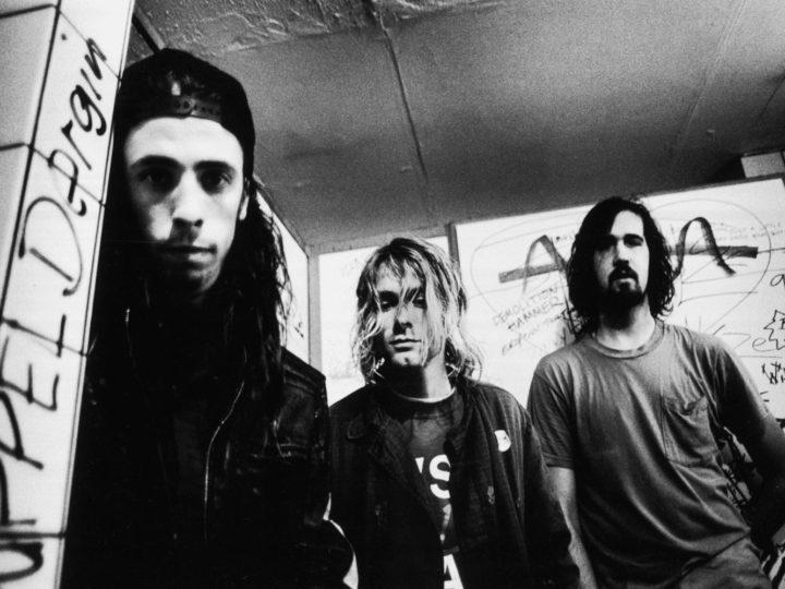 Nirvana, citati in giudizio per pornografia infantile dall'ex neonato sulla copertina di Nevermind