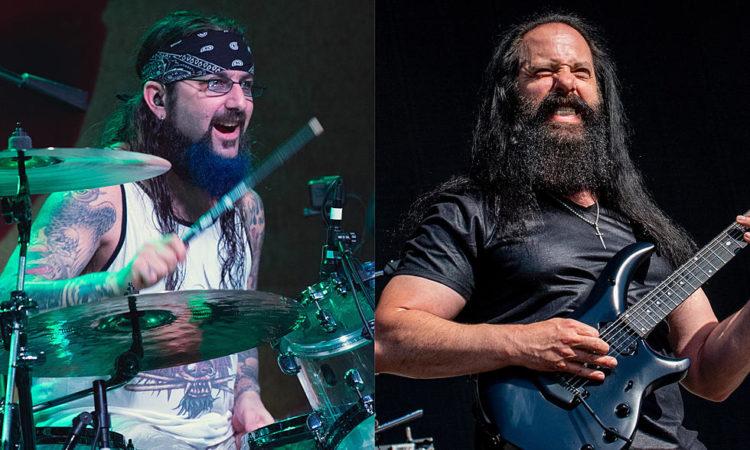 """John Petrucci, """"Portnoy ha suonato nel mio disco perché non è nei Dream Theater"""""""