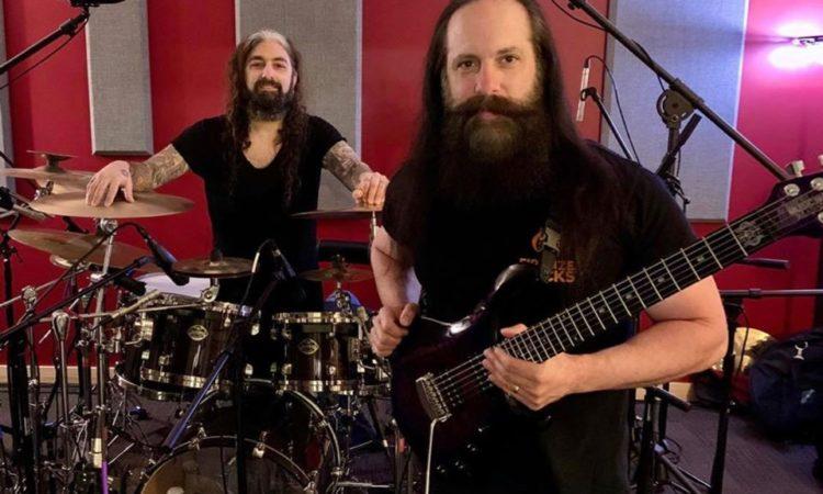 """Dream Theather, John Petrucci: """"È stato fantastico avere Mike nel mio disco solista"""""""