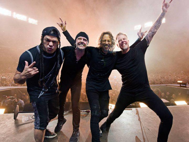 Metallica, prima band a scalare la cima della classifica di Billboard in quattro decenni diversi