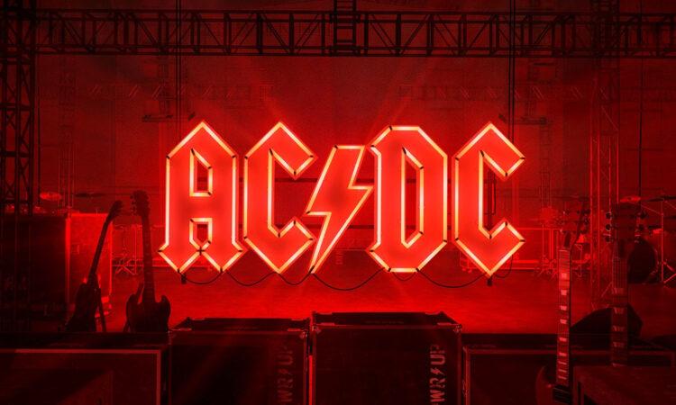 AC/DC, ecco il nuovo pezzo 'Shot In The Dark'