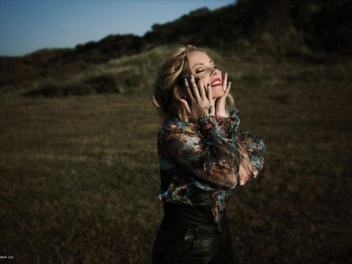 Anneke Van Giersbergen – Il più luminoso dei giorni