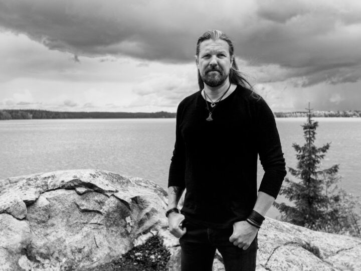 Silver Lake by Esa Holopainen, video di 'Ray Of Light' feat. Einar Solberg